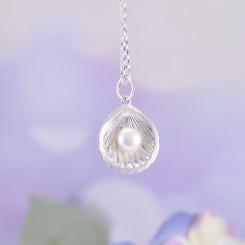 Handmade Sterling Silver & Pearl Shell Necklace