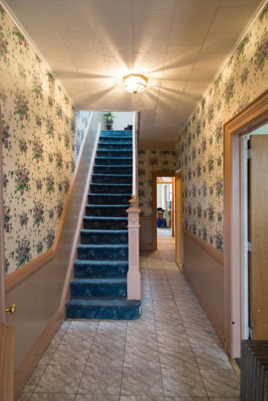 peggy-wang-ridgewood-house-hallway-before-1-733x1100