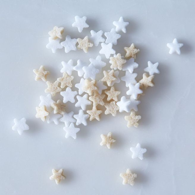 d9b94406-2a04-419e-9f46-32df8c90a5ff--2016-1007_kiss-that-frog_star-shaped-french-sugar-cubes_detail_linda-xiao_302.jpg