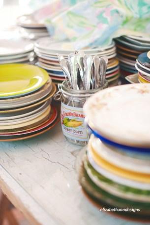 Mismatched-China-Wedding-Plates