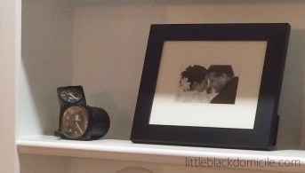 littleblackdomicile styling open bookcases using family heirlooms