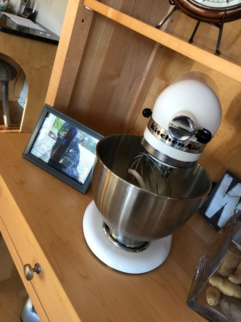 littleblackdomicile-skycrest kitchen-accessories buyers love