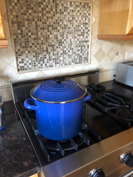 littleblackdomicile-skycrest-blue stock pot on gas range-buyers love a lifestyle