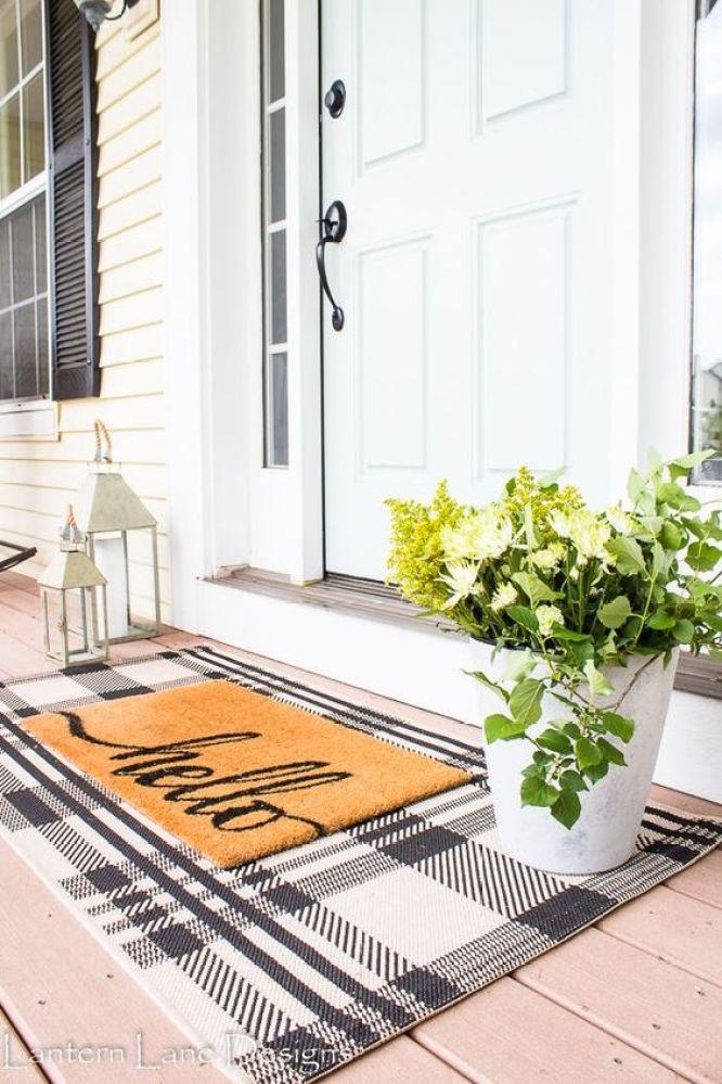 lantern-lane-designs-front-porch-entry