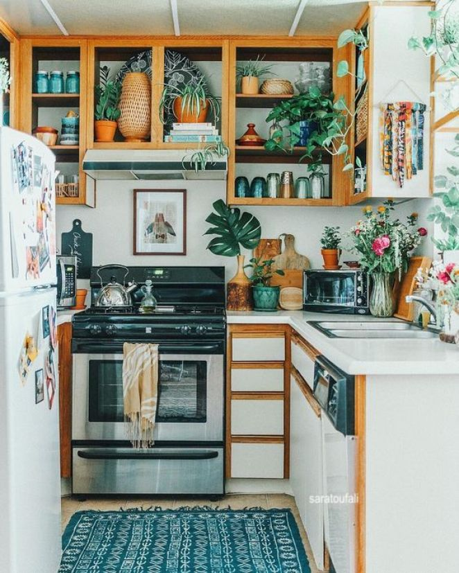 sasatoufali-small-cozy-kitchen-blue-green-colors