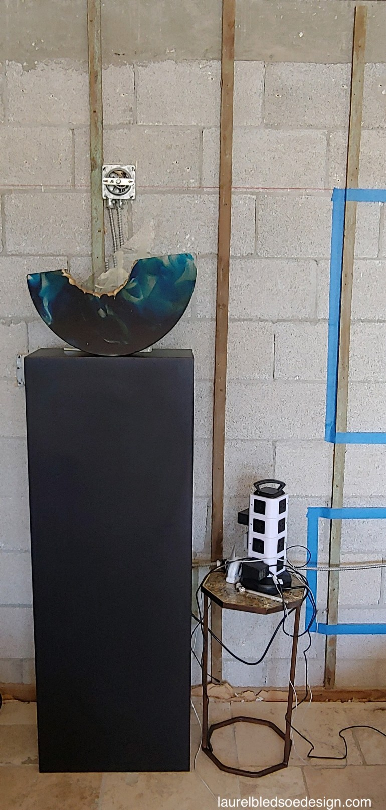 laurelbledsodesign-wall-hung-tv-contruction