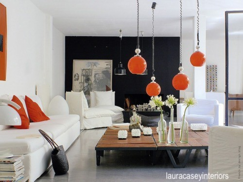 lauracaseyinteriors-black-white-orange-scary-decor