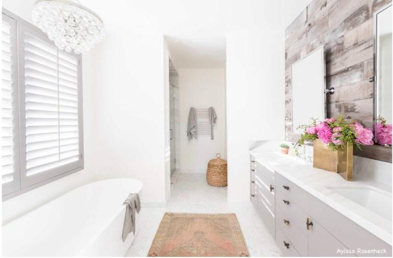 amandabarnes-interior-design-aylssa rosenheck-photography-frrestanding-bathtub-white-bathroom-gray-vanities-shiplap-barnwood