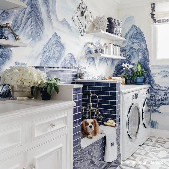 dinabandmaninteriors-hand painted-wallpaper-laundry-dog-wash