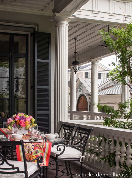 patrickodonnellhouse-alfresco-dining-floral-runner