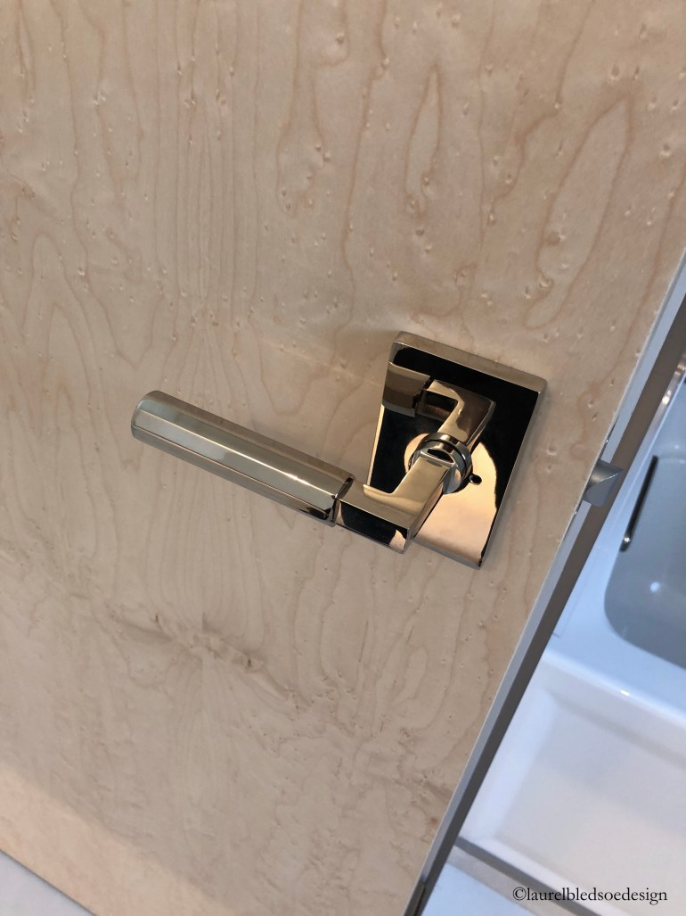 laurelbledsoedesign-birdseyemaple-customdoors-emtekhardware