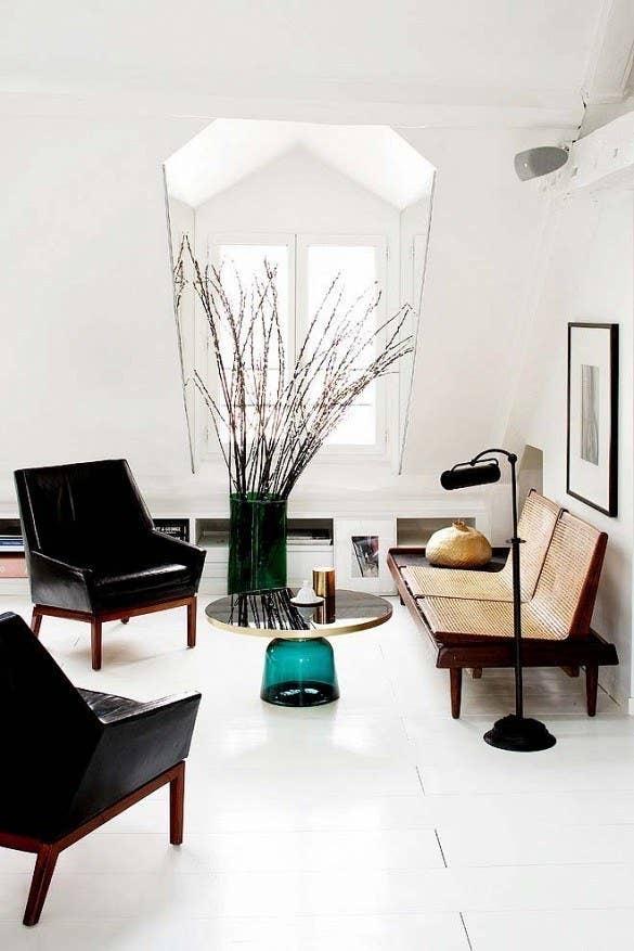 decordemon-whitelivingroom-turquoise-interiordesign