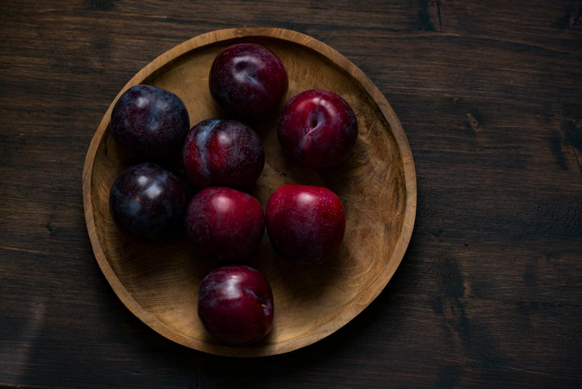 The Best Ways To Decorate With Plum