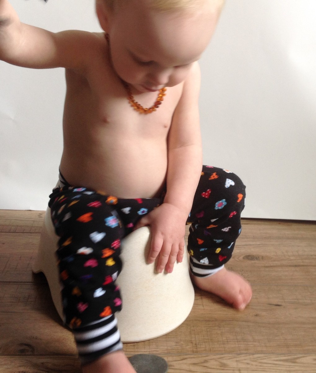 Split crotch baby trousers pants