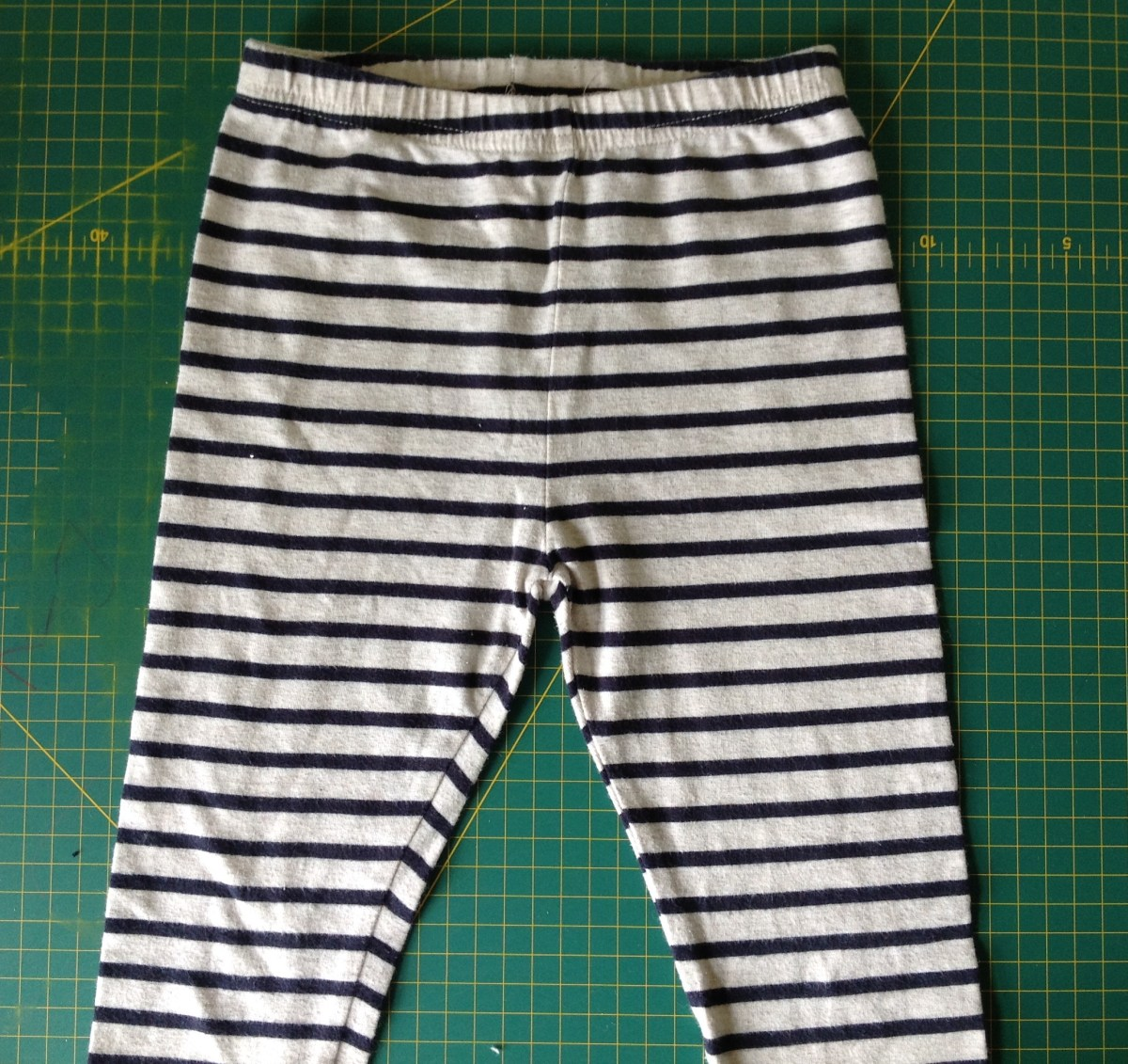 Turn leggings into split crotch baby trousers
