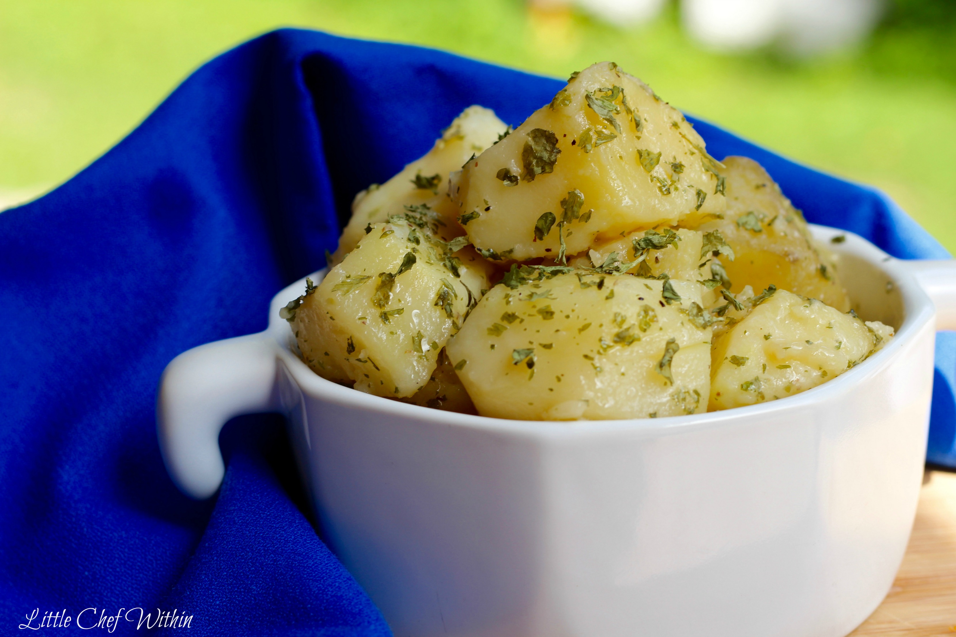 Herbed buttered Potatoes (Stovetop)