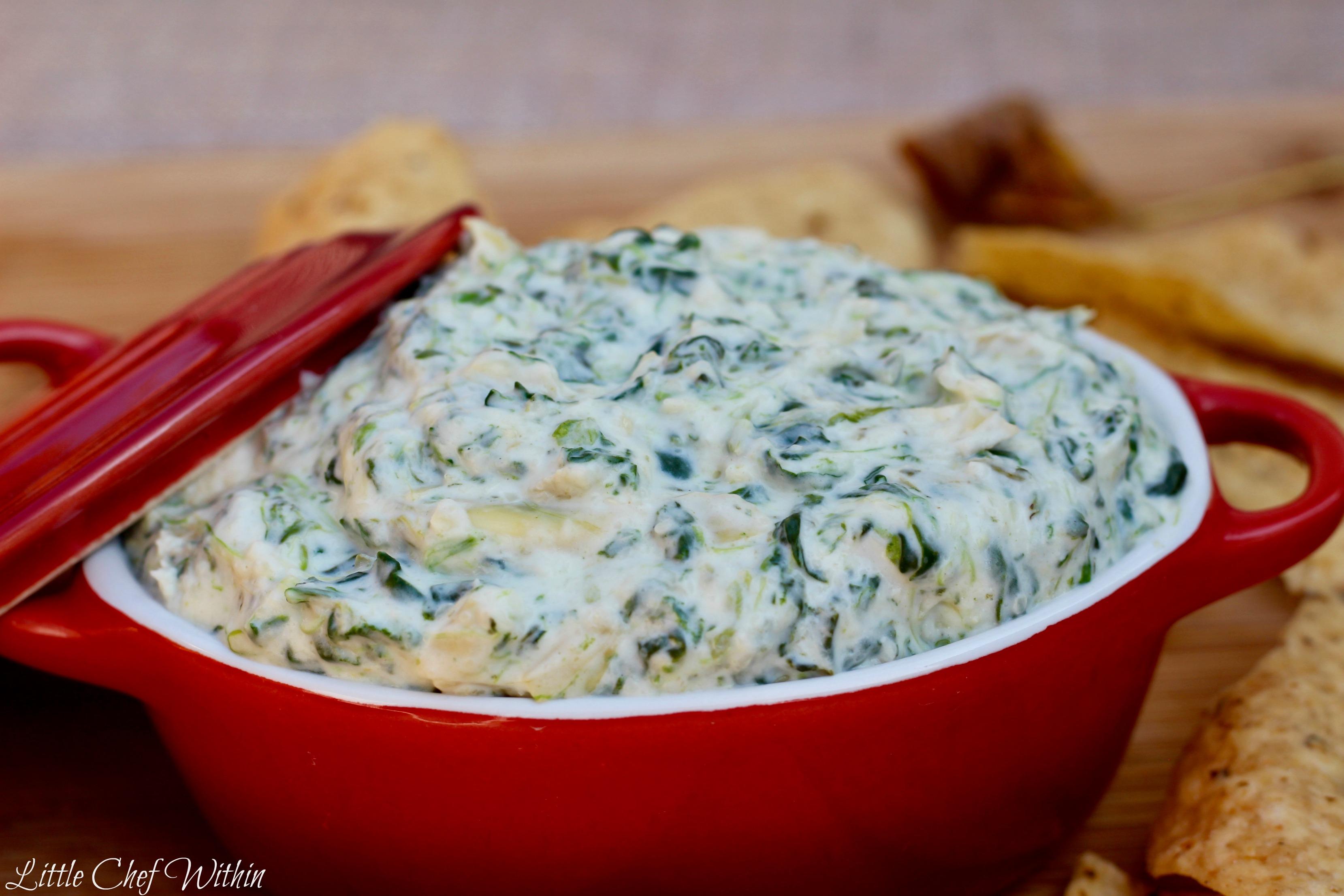 Creamy Artichoke & Spinach Dip (Olive Garden Copycat)