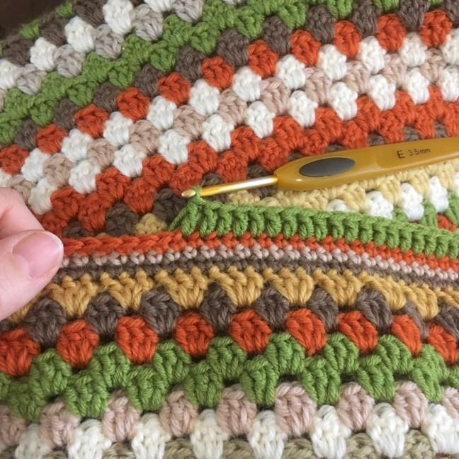 Crochet Granny Stripe Blanket Border