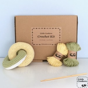 Linked Rings Crochet Kit