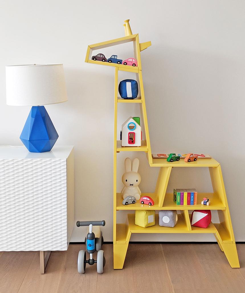 Giraffe Bookcase Crate & Kids