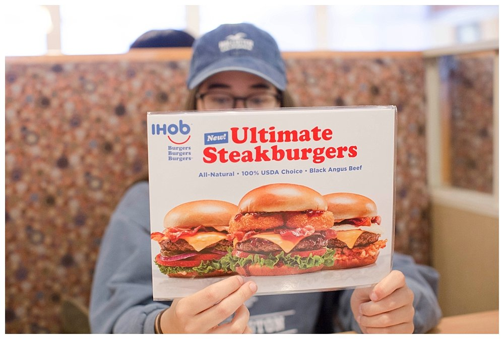 How Do IHOP's Hamburgers Really Taste? IHOP to IHOB