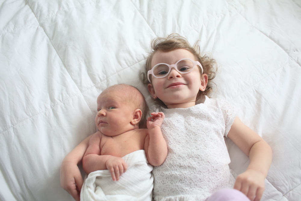 Sweet siblings! Bellingham newborn photographer.