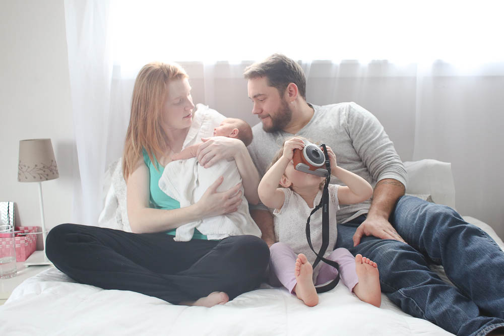 Bellingham family and newborn photographer Renee Bergeron captures life naturally.