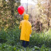 We All Float Down Here: It-Themed Photo Shoot with Georgie