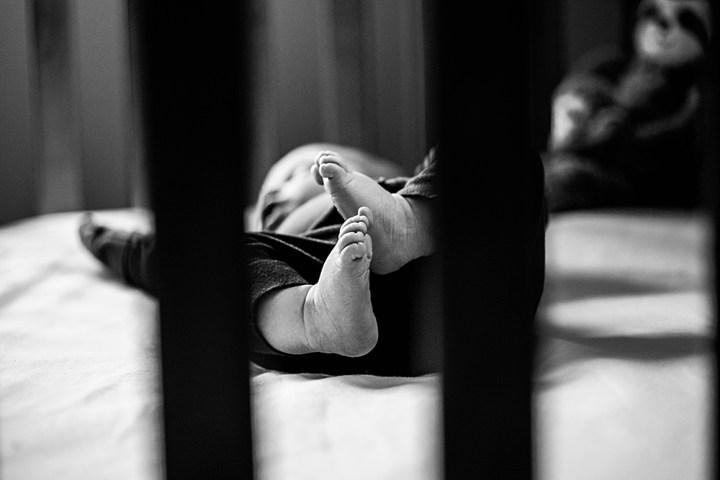 Newborn baby feet. Family photographer Bellingham, WA