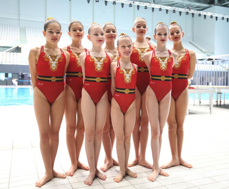 little-flamingos-szinkronuszo-csapat-ftc