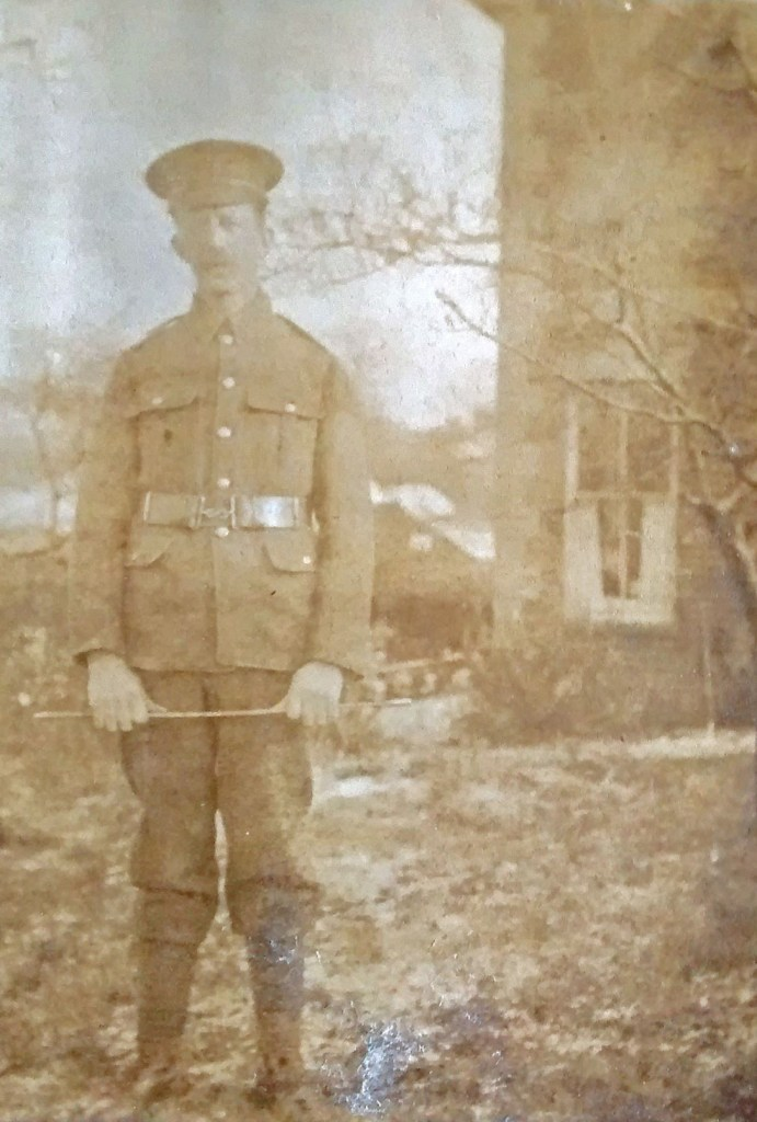 Photo of William Maunders in uniform