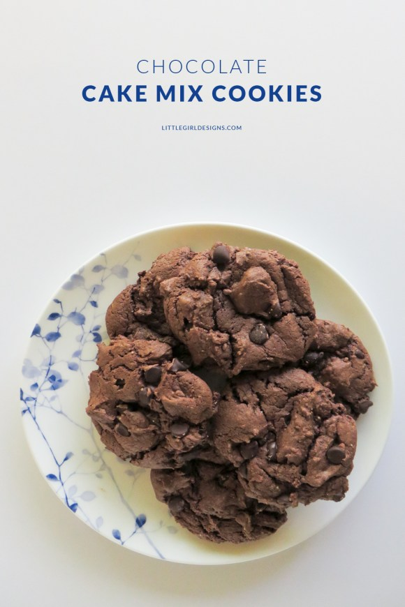 These chocolate cake mix cookies are an easy recipe you can whip up in no time at all. We used to make these when I was a little girl. These are also great to package in mason jars to give away as gifts. Read more @littlegirldesigns.com