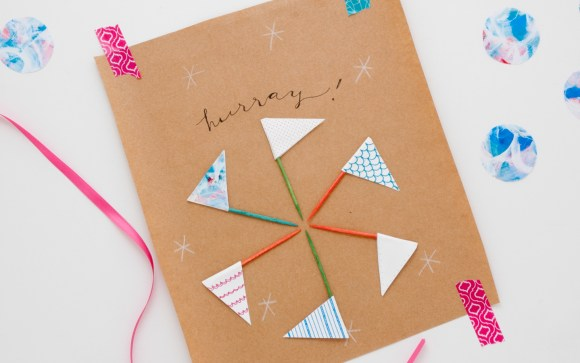 Cutest cupcake flags ever. Perfect for Christmas, birthdays, and all sorts of tiny celebrations. From The Creative Retreat Gift Wrap bundle.
