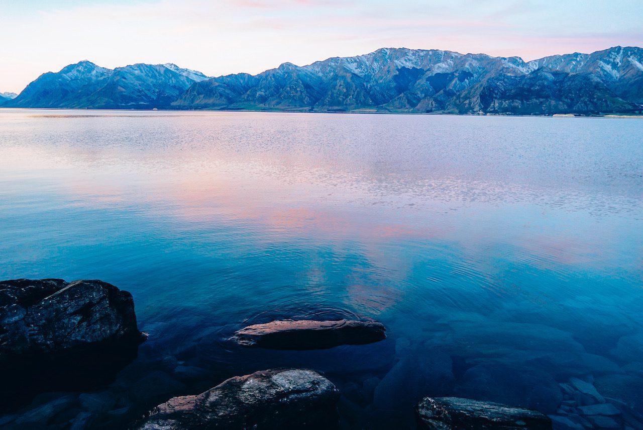 Lake Hawea © Little Grey Box