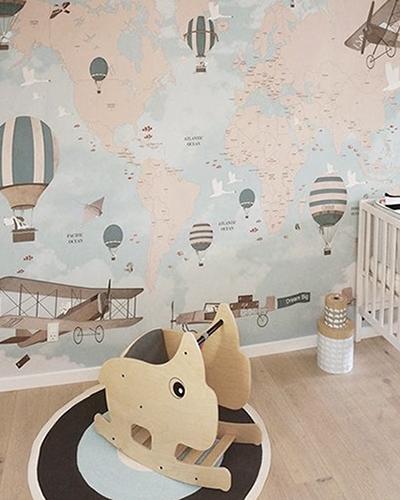 LH – Aviator World Map Room