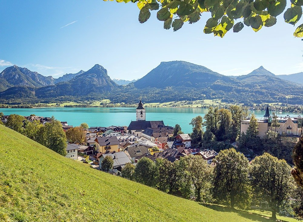 Drive from Vienna to Salzburg through the gorgeous Salzkammergut region where you'll find stunning views one after the other. Stop and walk around charming villages like St. Wolfgang and enjoy the scenic turquoise lake and the majestic mountain ranges.