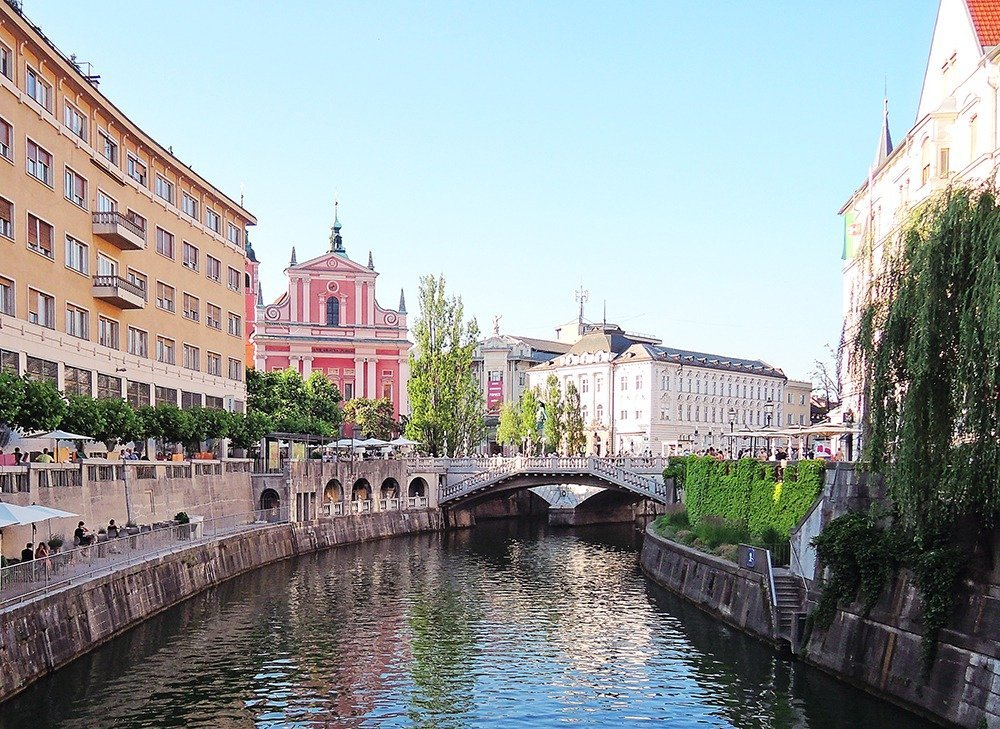 Ljubljana is unlike most European capitals. It's one of Europe's greenest cities and has a car-free, leafy, and laidback historic old town and city center. Even if you're not a city person, don't skip this lovely capital! Here are more things to do for 5 days in Slovenia.