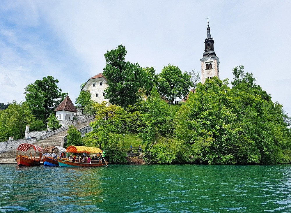 At the southern tip of Bled Island, you'll find the Baroque staircase with 99 stone steps. For a happy marriage, a groom must carry his bride up all 99 steps. Make sure to make your way to the church and ring the wishing bell three times for good measure!