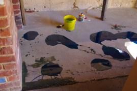 Applying the waterproofing resin