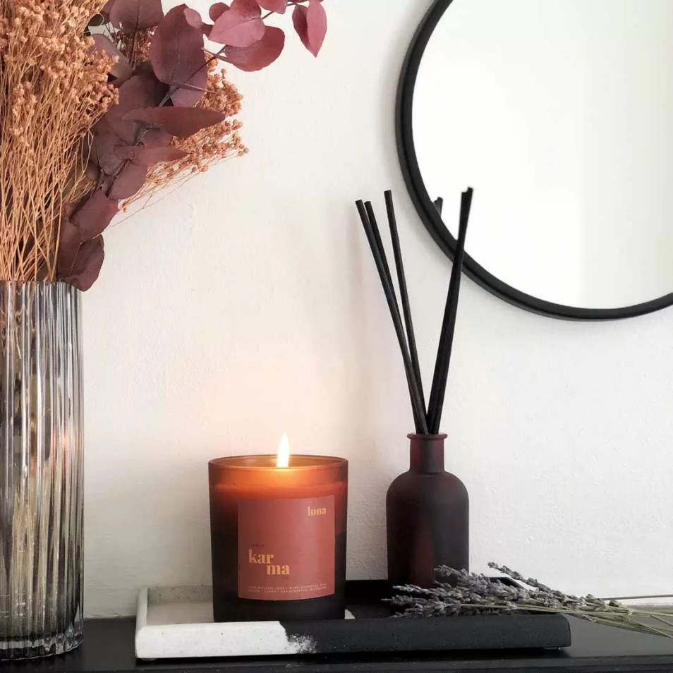 luna calming lavender and patchouli large candle in matt finish glass