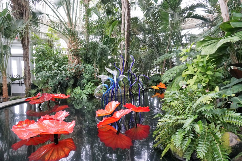 Chihuly: Persian Pond and Fiori
