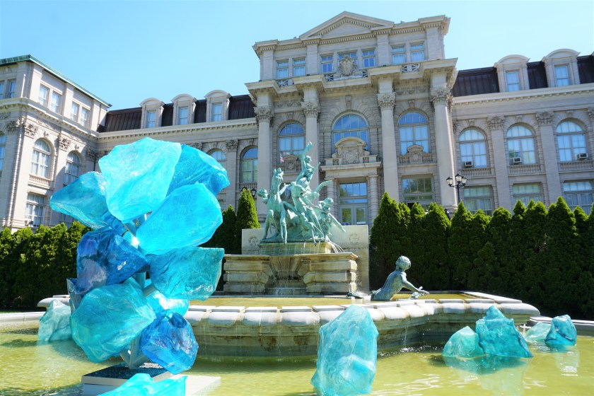 Chihuly: Blue Polyvitro Crystals