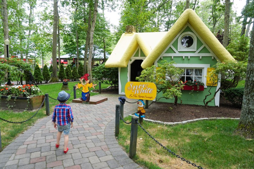 Snow White at Storybook Land New Jersey
