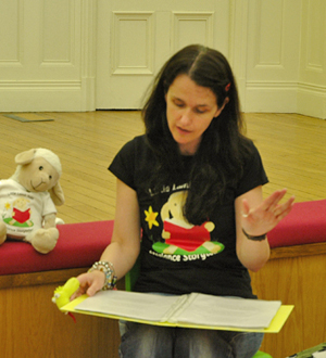Jude Lennon and Little Lamb Tales share stories in Liverpool Central Library