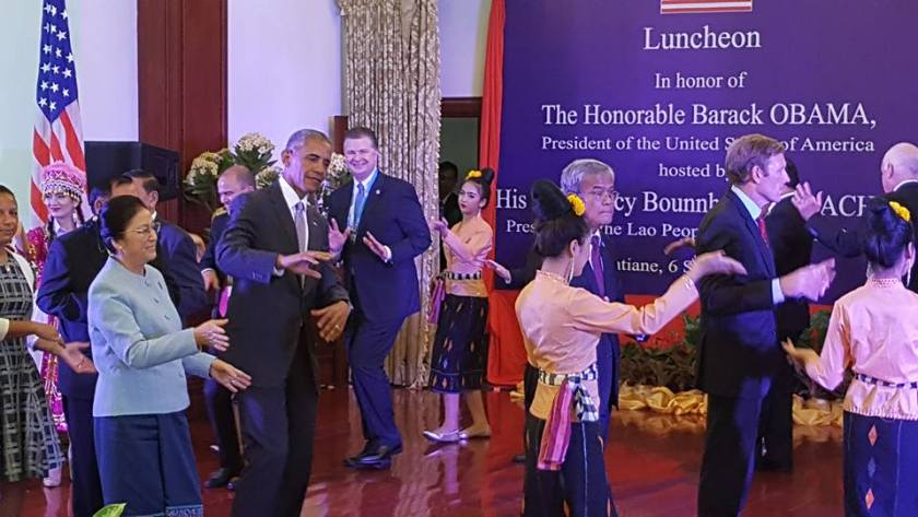 President Obama 'lumvong' with Laos officials at luncheon. (Photo credit: U.S. Embassy Vientiane)