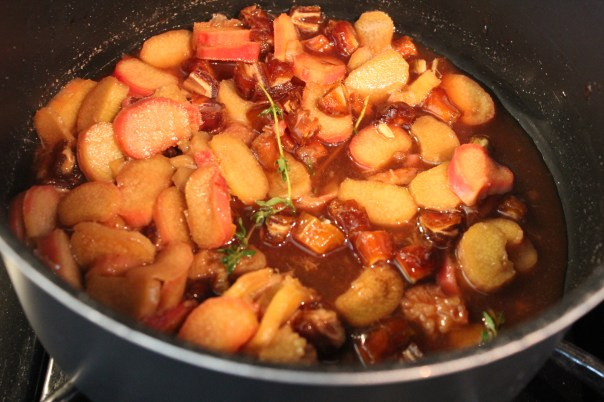 Red Wine Vinegar, Brown Sugar, Lemon, Thyme, Date, Rhubarb, Chutney, Recipe