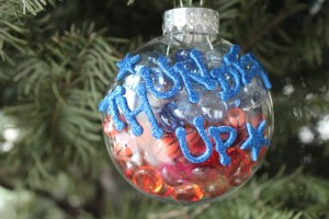 nba ornaments, okc thunder ornaments, diy ornaments, diy team ornaments, ou sooner ornaments, diy thunder ornaments, make your own sooner ornaments, nba team ornaments