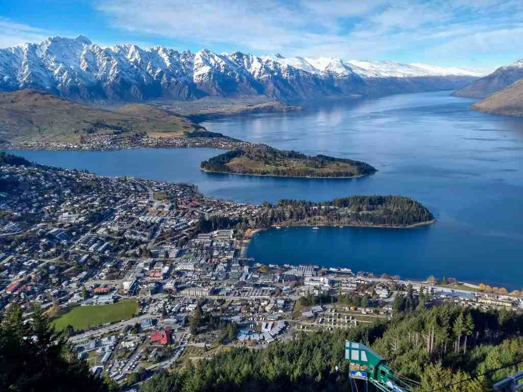 travelling solo in new zealand