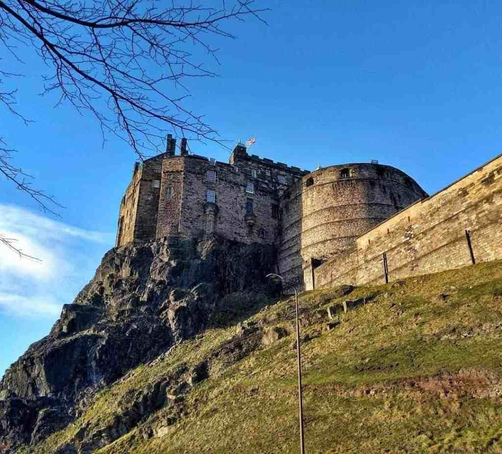 edinburgh solo travel
