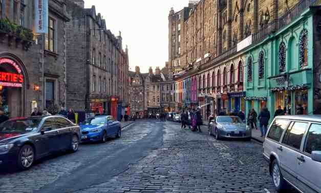 10 Best Activities for the ULTIMATE Edinburgh Solo Travel Itinerary